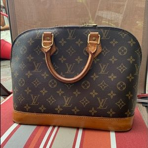 Louis Vuitton Alma purse 👜😍